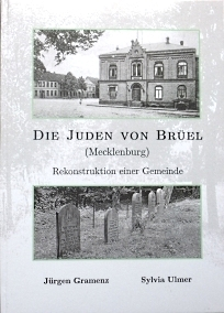 The Jews of Brueel (Mecklenburg): Reconstruction of a Community book cover